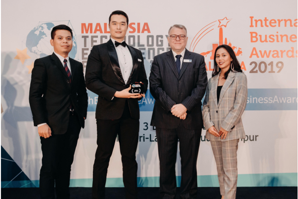 SOCOE snags e-Commerce - Business Services award at Malaysia Technology Excellence Awards 2019